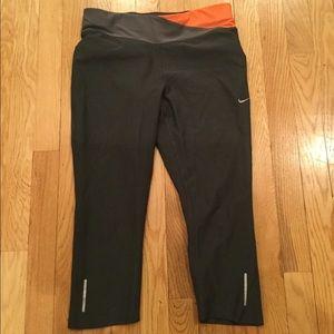 Nike Dri-Fit running cropped leggings
